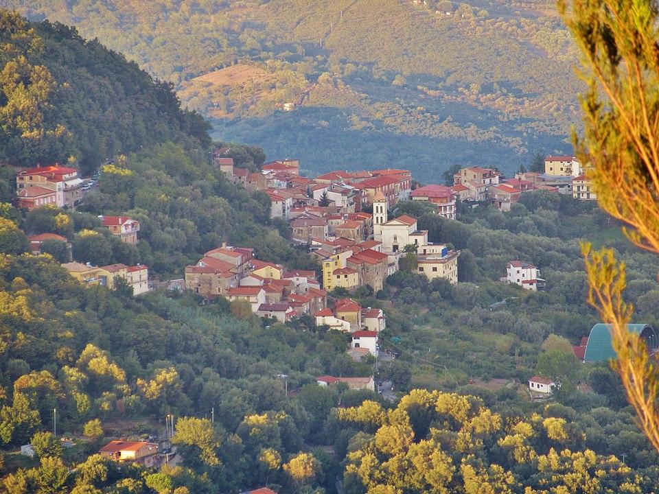 San Mauro la Bruca, il 'Miracolo della Galleria Spina' e la festività patronale