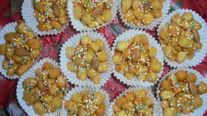 Struffoli, un dolce tipico del Natale che appartiene anche alle tavole del Cilento