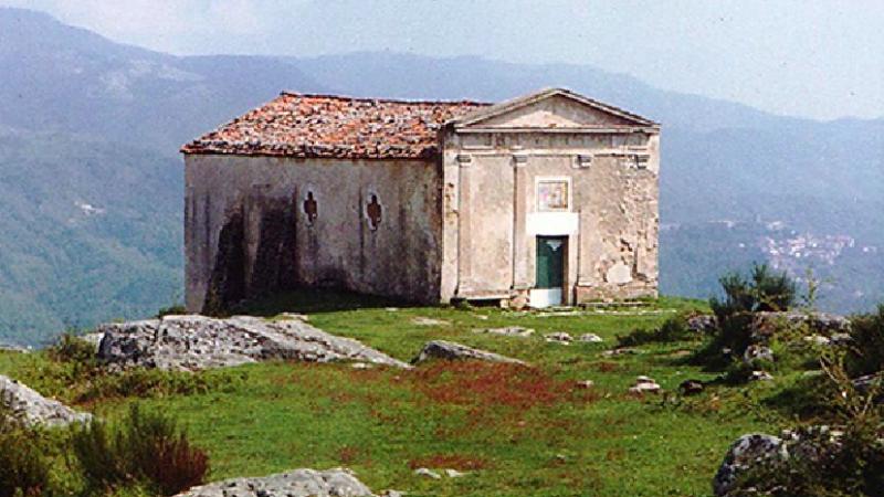 Moio della Civitella, fascino e mistero nell'antico 'rito delle croci'