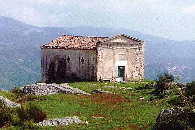 Moio della Civitella, i significati di un rito antico: la 'benedizione delle croci'