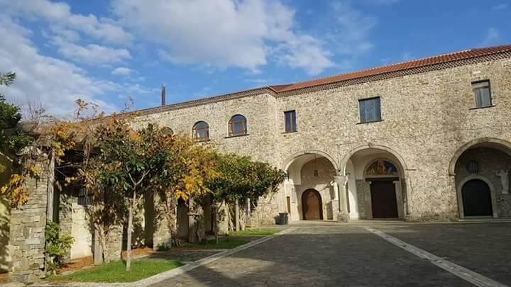 Laureana Cilento, l'antica 'fiera delle palme' al Convento di San Francesco