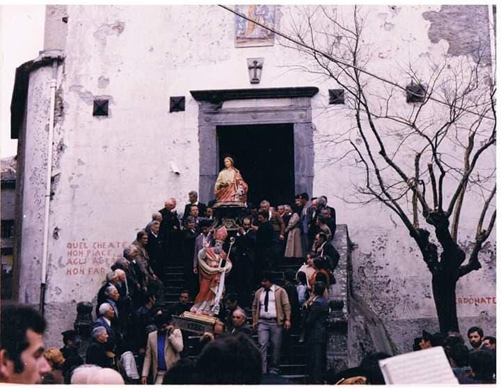 Monte Cicerale, uscita processione del 4 maggio 1980