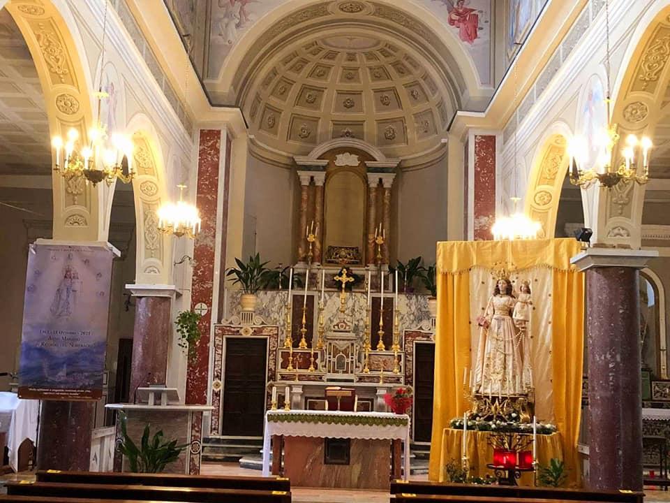Perdifumo, interno della chiesa parrocchiale
