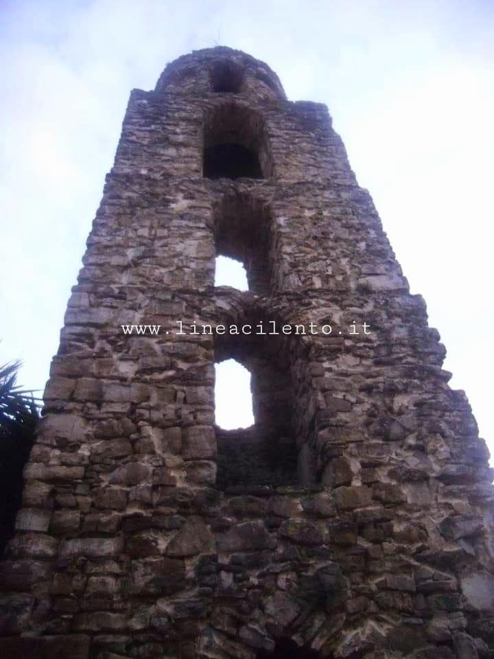 Lustra, Santa Maria Vetere: storia e leggenda
